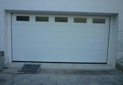 Puerta seccional acanalado M woodgrain color blanco