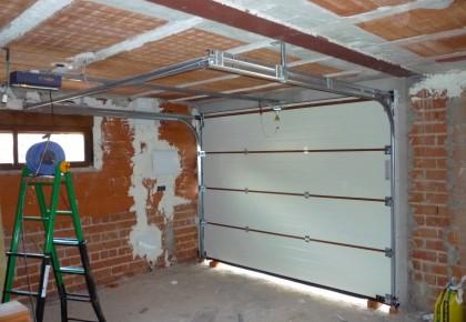 Puertas de garaje Perales