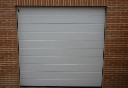 Puertas de garaje en Pozuelo