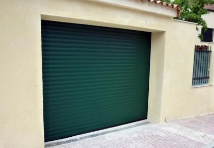 Puertas de garaje en Loeches
