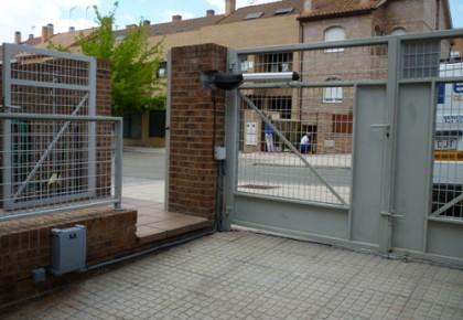 Puertas de garaje en Pinto