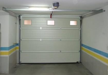 Puertas de garaje en Parla