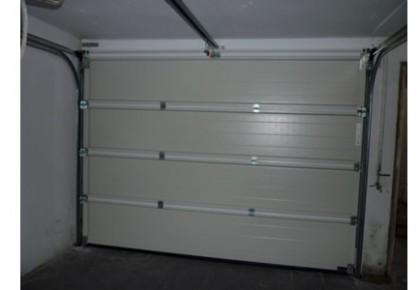 Puertas de Garaje Seccional en Getafe