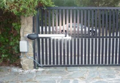 Automatización Puerta Abatible en Boadilla del Monte