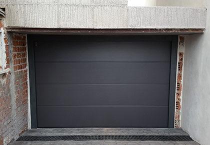 Puerta de garaje Mora