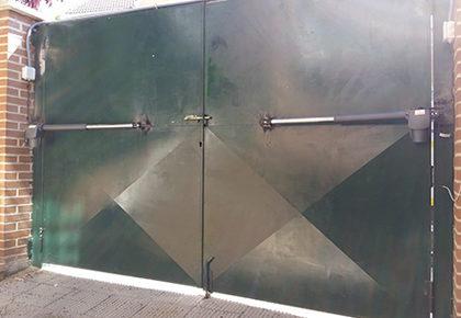 Puerta garaje Brunete